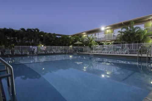 Hotels With Airport Parking Near Fort Lauderdale